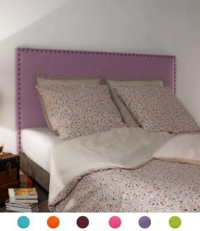 Tête de lit de couleur vive cloutée en alcantara personnalisable